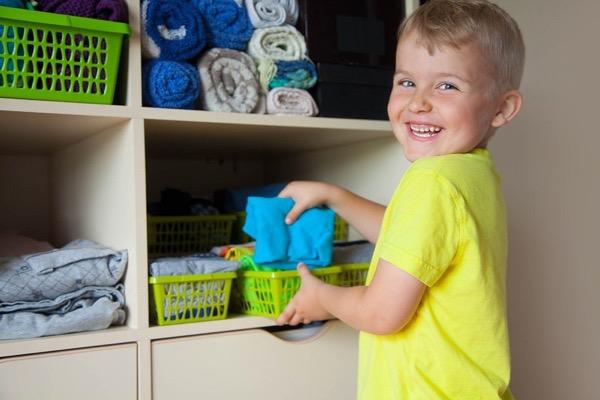 Método Marie Kondo para ordenar los armarios de tus hijos