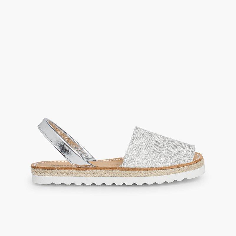 e40a60609 Menorquinas Avarcas Niña. Zapatos fabricados en España