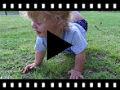 Video from Badana Pepito Bebé Velcro Lunares