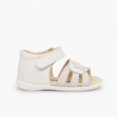 Sandalias Piel Primeros Pasos Niña Velcro y Estrella Blanco