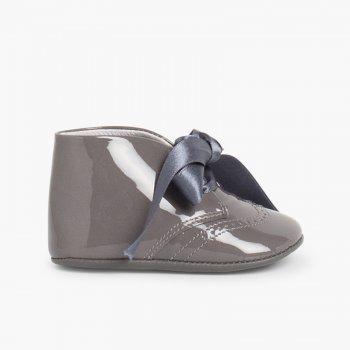 5320e143cc0 Badanas Bebé de Charol con Lazo Raso. Zapatos para Bebé