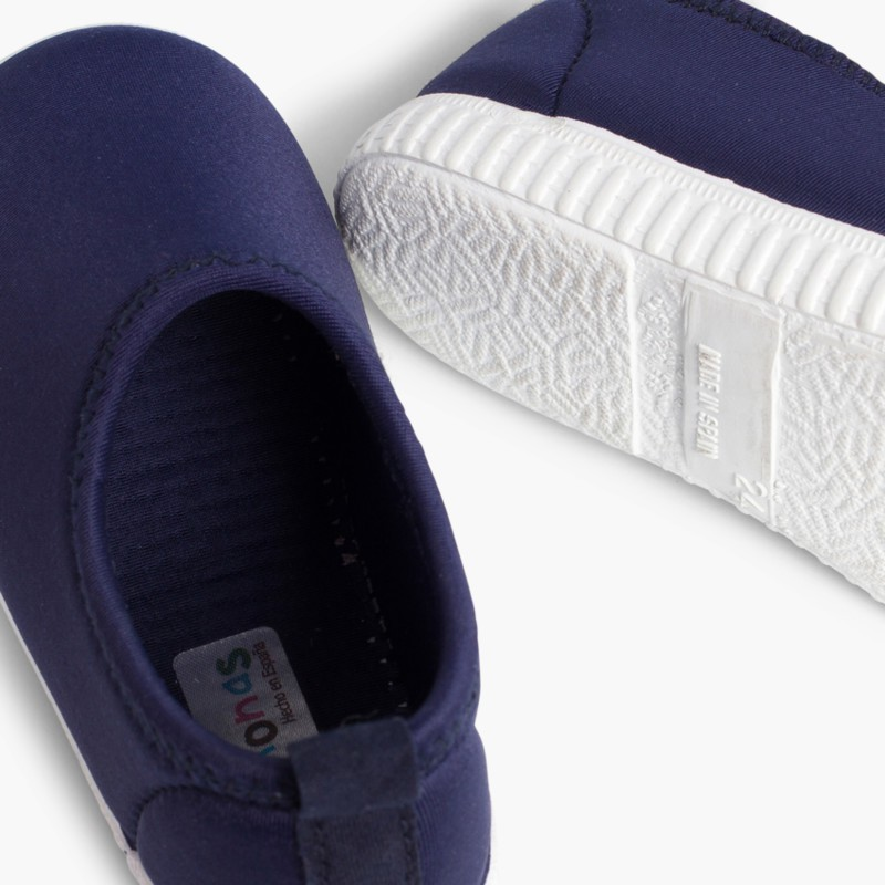 6825336f3 Escarpines para Niños. Zapatillas de Neopreno