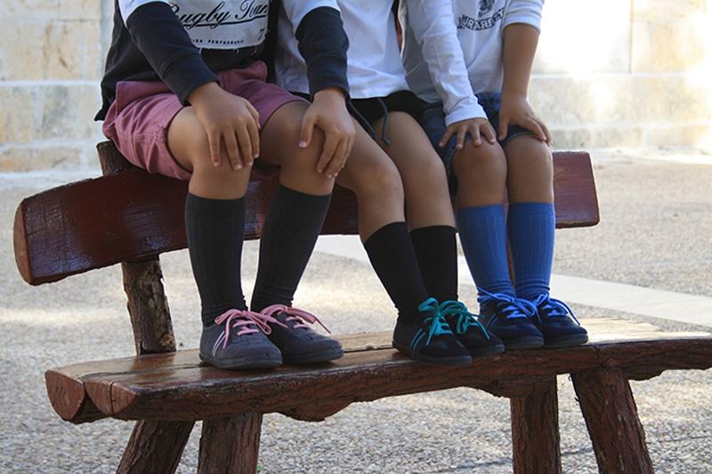 Cuida los pies de tus hijos